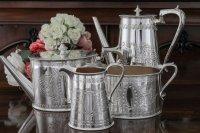 シルバープレート ヴィクトリア時代中後期 スクロール装飾 ティーコーヒー4点セット