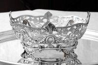 アンティークシルバー 純銀製 お花の透かし細工とガーランド装飾 ブレッドバスケット