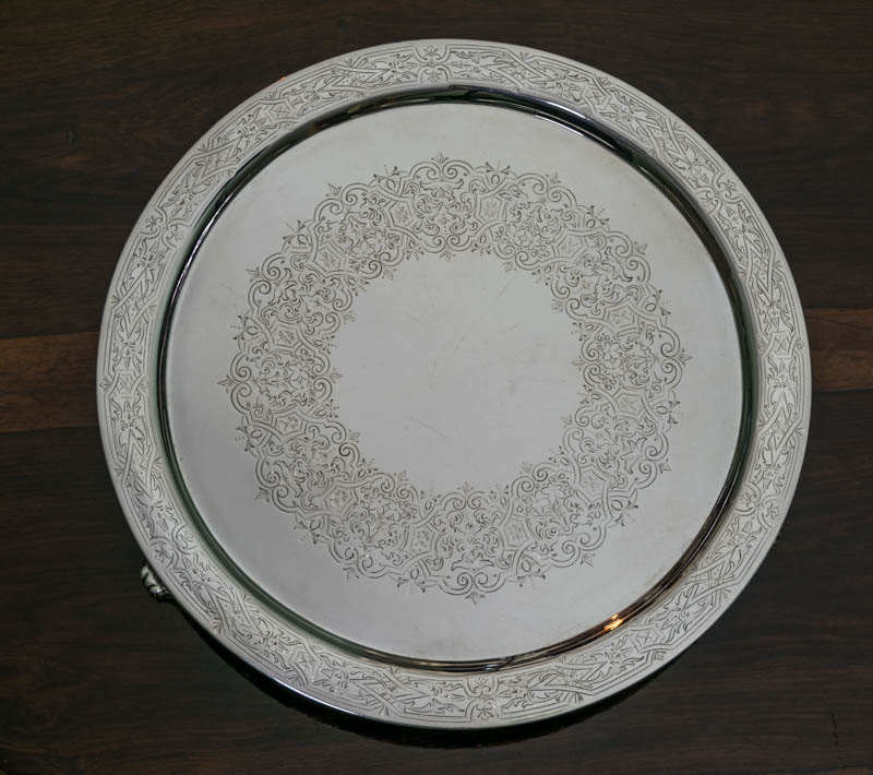 画像1: 純銀製(925)1881年Martin, Hall & Co 美彫ハンドエングレービング ラージサルヴァ