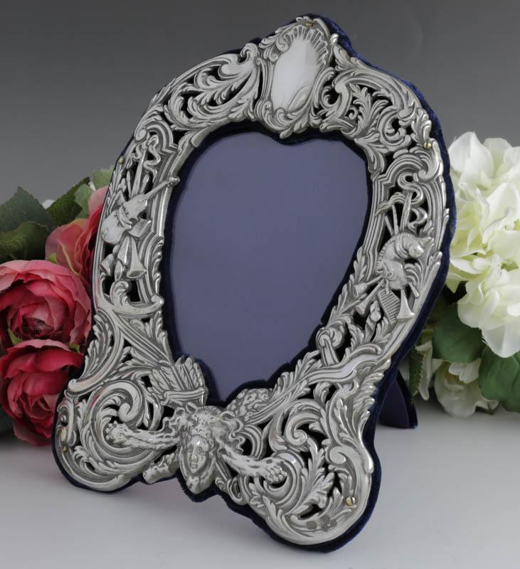 画像1: 純銀製(925 )1901年 ロココスタイル エンボシング彫刻 透かし細工 フォトフレーム
