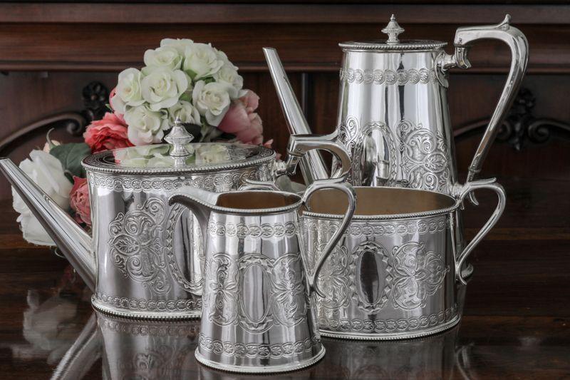 画像1: シルバープレート ヴィクトリア時代中後期 スクロール装飾 ティーコーヒー4点セット