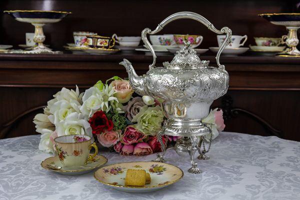 画像1: 純銀製(925)1915年 ロココスタイル お花の摘み お花のガーランド ティーケトル