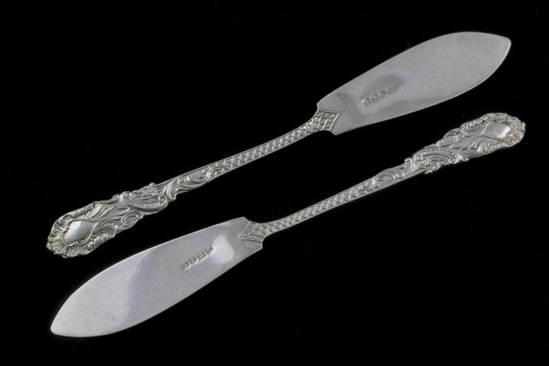 画像4: シルバープレート製 エドウォーディアン ロココ風 ハンドエングレービング バターナイフ