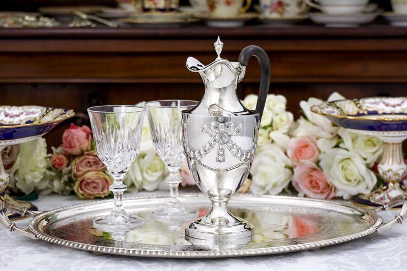 画像1: 純銀製(925)1897年 可愛らしいリボンのガーランド ウォータージャグ