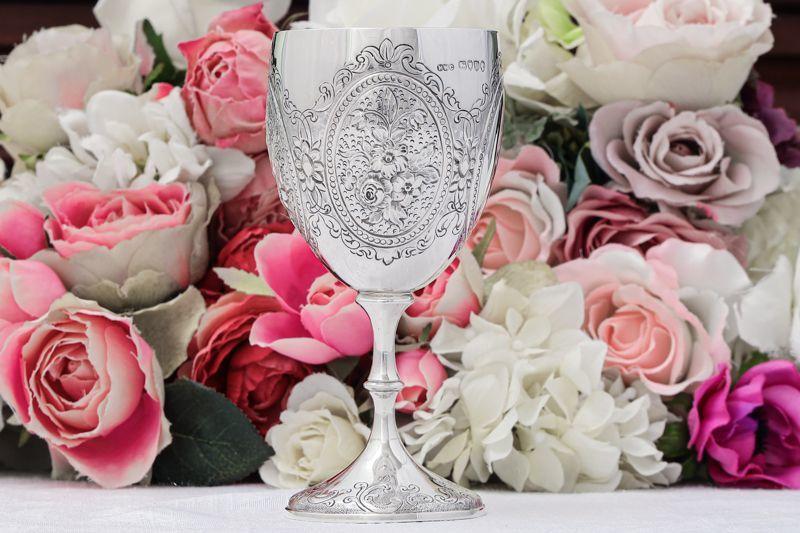 画像1: 純銀製(925)1879年 ヴィクトリア時代中期 お花の装飾 ワインゴブレット