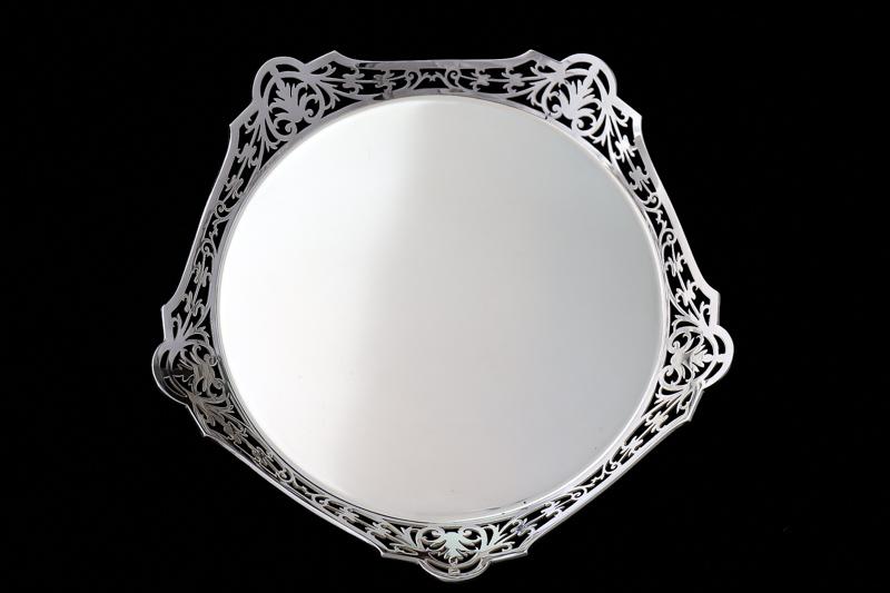 画像1: アンティークシルバー、純銀製(925)1922年透かし細工ボーダーサルヴァ16cm