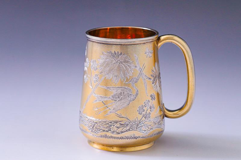 画像1: アンティークシルバー、純銀製(925)1880年 ギルド 手彫り ジャポニズム クリスニングカップ